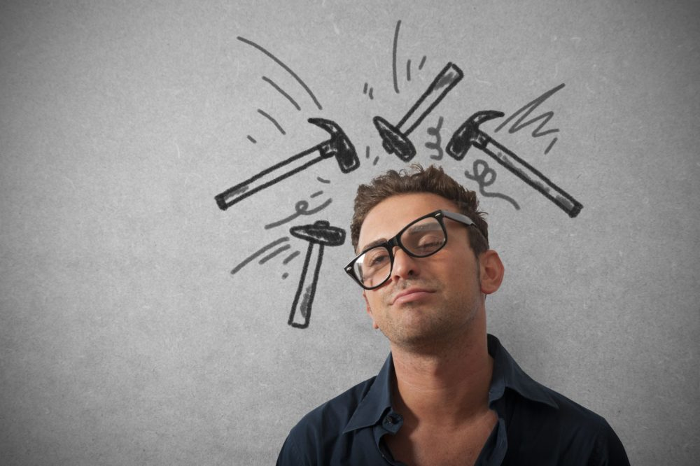 почему болит голова при ОРВИ