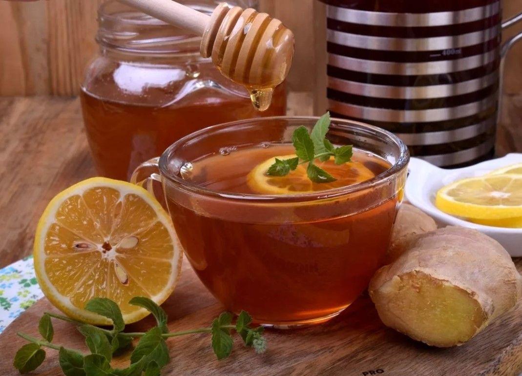 Лечение простуды: имбирь, лимон и мед